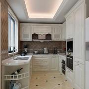 别墅U型厨房装修