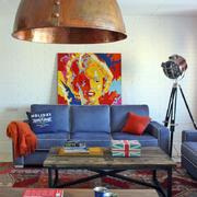 60平米小户型彩色客厅设计