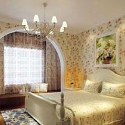 欧式田园风格卧室拱形窗户装修