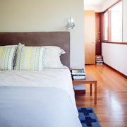木制房屋卧室装修