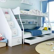 白色精致的儿童床