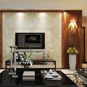 客厅精致瓷砖电视背景墙