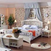 美式风格柚木卧室床饰装修