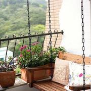阳台简约木制浪漫长椅设计