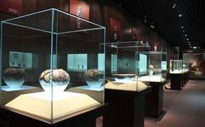 壮丽的大型历史博物馆展柜设计效果图
