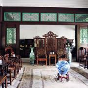 年年红木家具客厅装修背景墙图