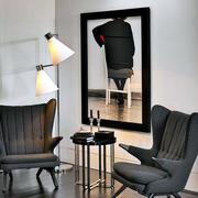 黑白装饰画客厅装修整体图