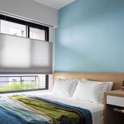家装次卧室蓝色背景墙
