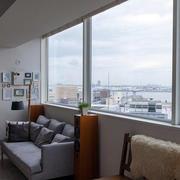 90平米客厅大飘窗装修