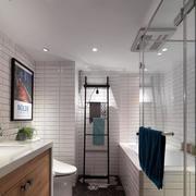 家装实用精致的卫生间