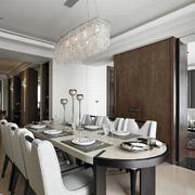 古典韵味家装餐厅桌椅