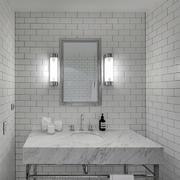 40平米浅色系卫生间设计