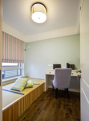 福利发放:现代美式90平老年公寓室内装饰图
