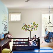 欧式儿童房原木桌椅装修