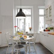 北欧厨房餐厅一体化