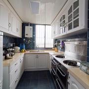 田园风格干净清爽型厨房设计