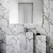 阁楼卫生间裂纹瓷砖