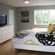 欧式简约风格卧室浅色地板设计