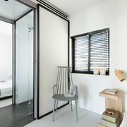 阁楼卧室隔断门设计