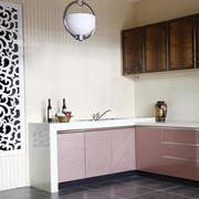 粉色调橱柜装修设计