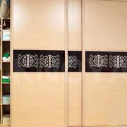 现代创意衣柜装修图片