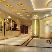 酒店走廊奢华吊顶