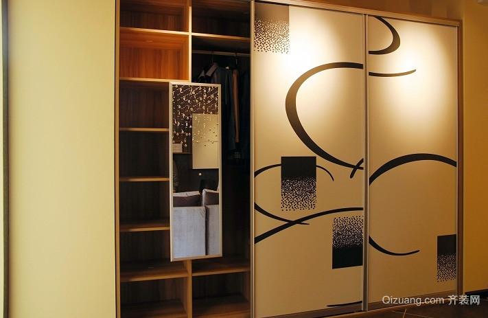 复式楼卧室结实衣柜设计效果图