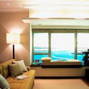 客厅飘窗装修灯光设计