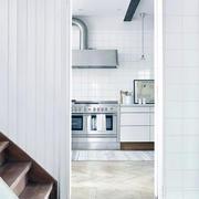 2011年家装设计木质楼梯