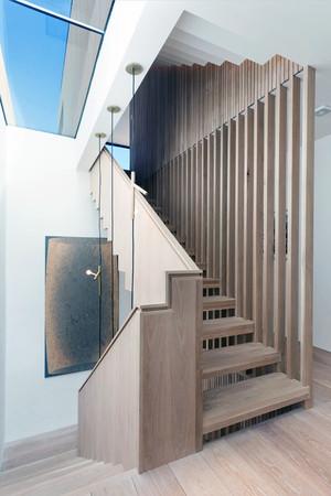 小公寓楼梯设计