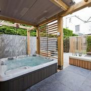 阳光房舒适按摩浴缸展示