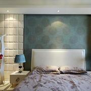 欧式卧室浅色优雅背景墙设计