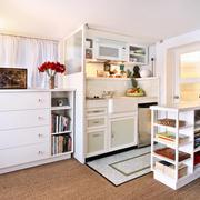 白色简约型小书房设计