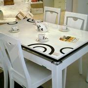 全友家具欧式简约风格餐桌设计