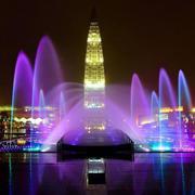 紫色浪漫的喷泉