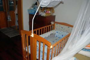 让孩子睡的安心的实木儿童床效果图片
