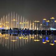 城市壮丽的喷泉