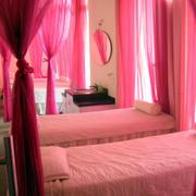 粉色调美容院设计大全