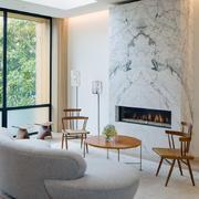别墅欧式简约型白色客厅设计