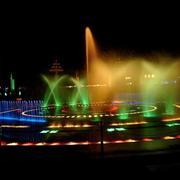 五颜六色的喷泉