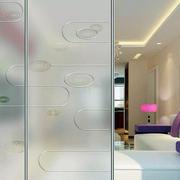 后现代风格客厅马赛克玻璃门装饰