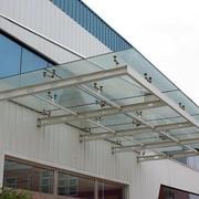 现代简约的雨棚