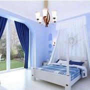 蓝色时尚的卧室窗帘