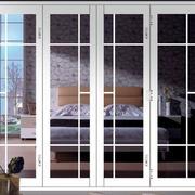 卧室白色折叠门设计