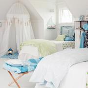 白色纯情卧室设计