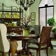 美式家居深色餐厅桌椅设计