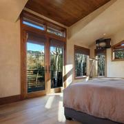 美式简约风格卧室原木地板