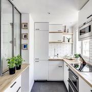 厨房原木色吧台设计