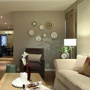 复式楼客厅照片墙装饰
