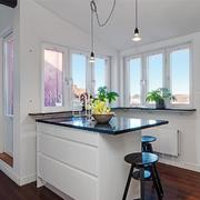 别墅白色小厨房